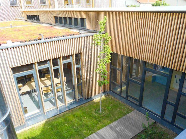 Fabrication des modules bois dans l 39 atelier selvea for Architecture modulaire